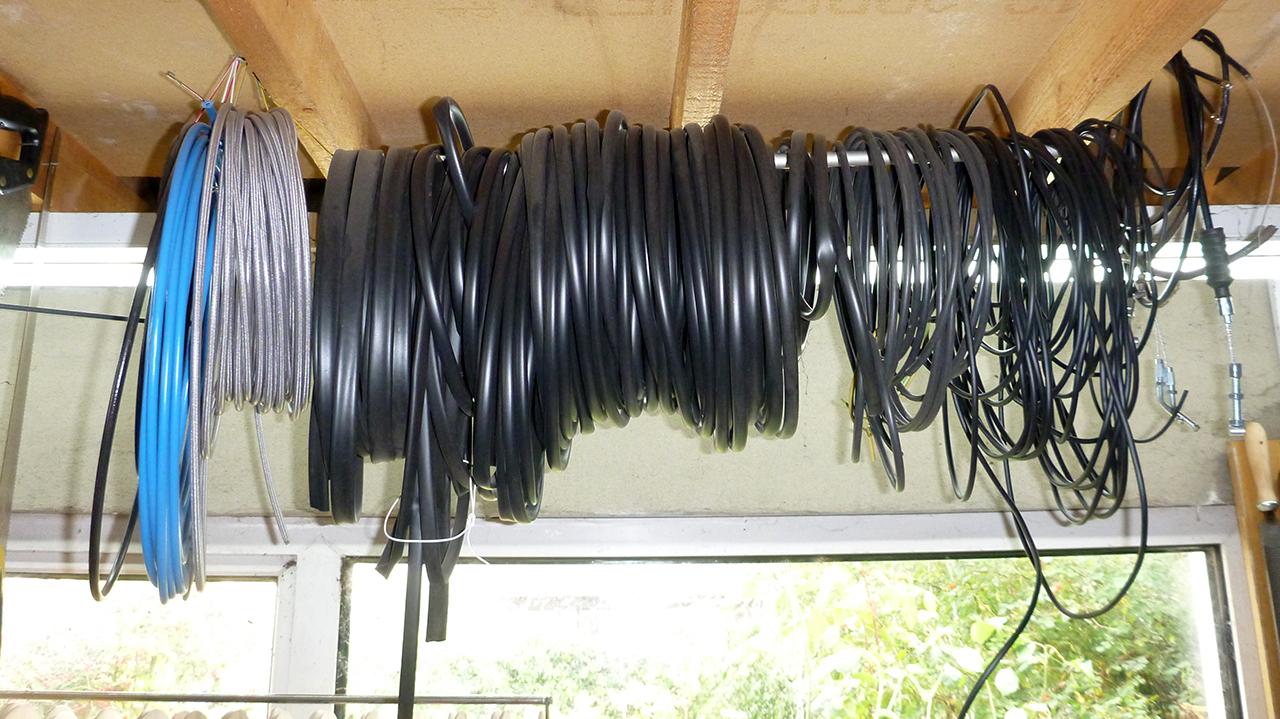 Re-wiring K100RS P1020485m