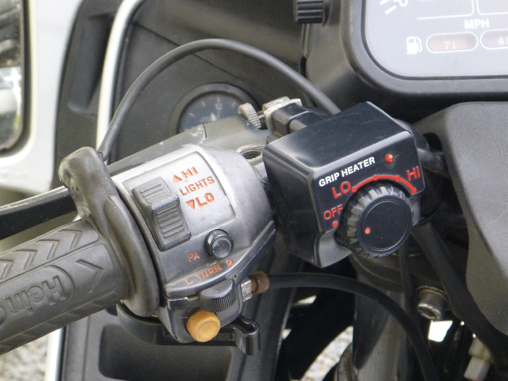 Wiring in non-BMW handlebar switches Sw1